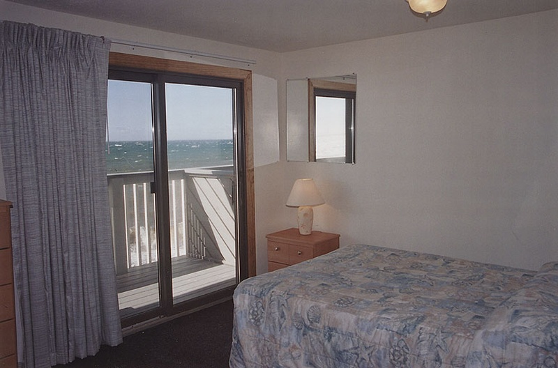 Cape Cod Beachfront Motel Rooms