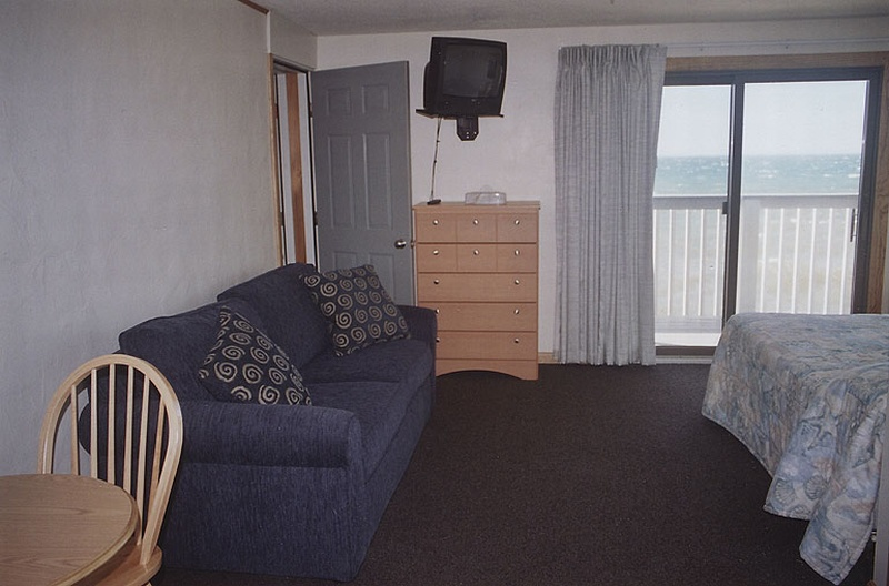 Beachfront Motel Room, Upstairs, Building 2